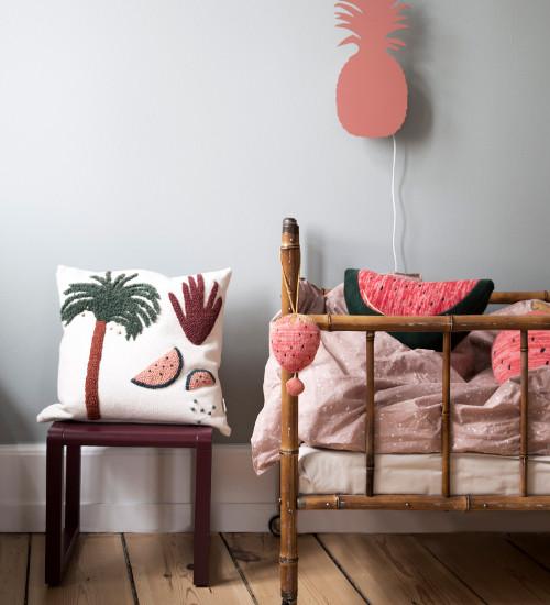 decken kissen f r dein kinderzimmer kleine fabriek. Black Bedroom Furniture Sets. Home Design Ideas