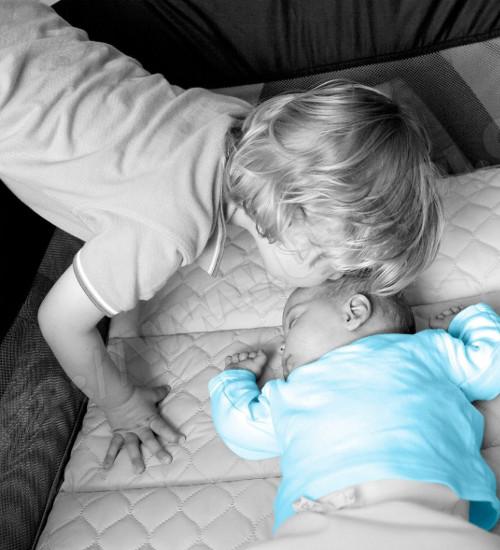 Reisebetten unterwegs baby - Kinderzimmermobel baby ...