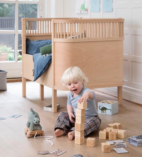 spielzeug f r babys kinder kaufen kleine fabriek. Black Bedroom Furniture Sets. Home Design Ideas