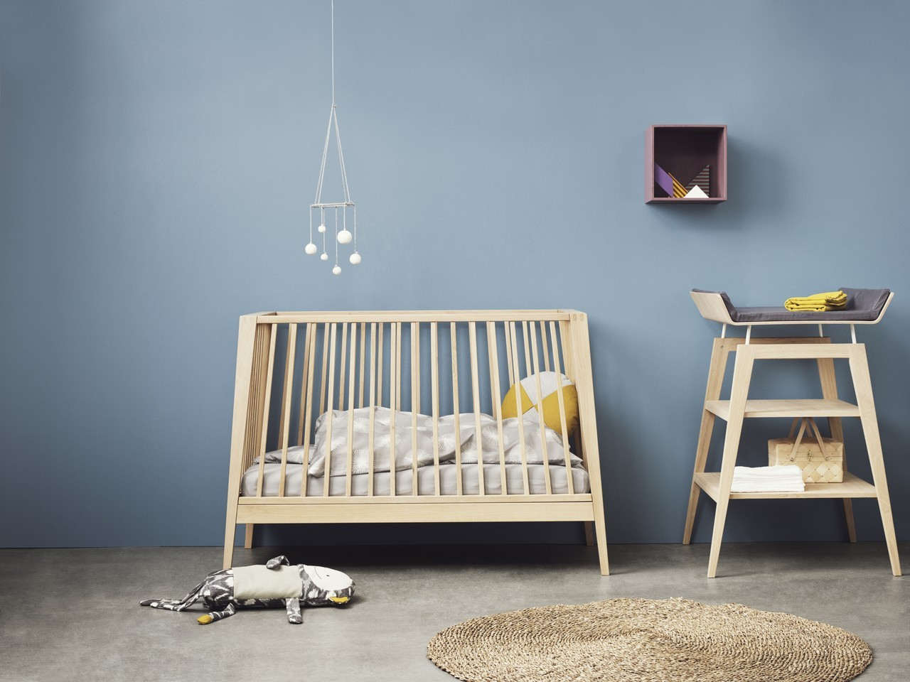 babybett leander linea kleine fabriek. Black Bedroom Furniture Sets. Home Design Ideas