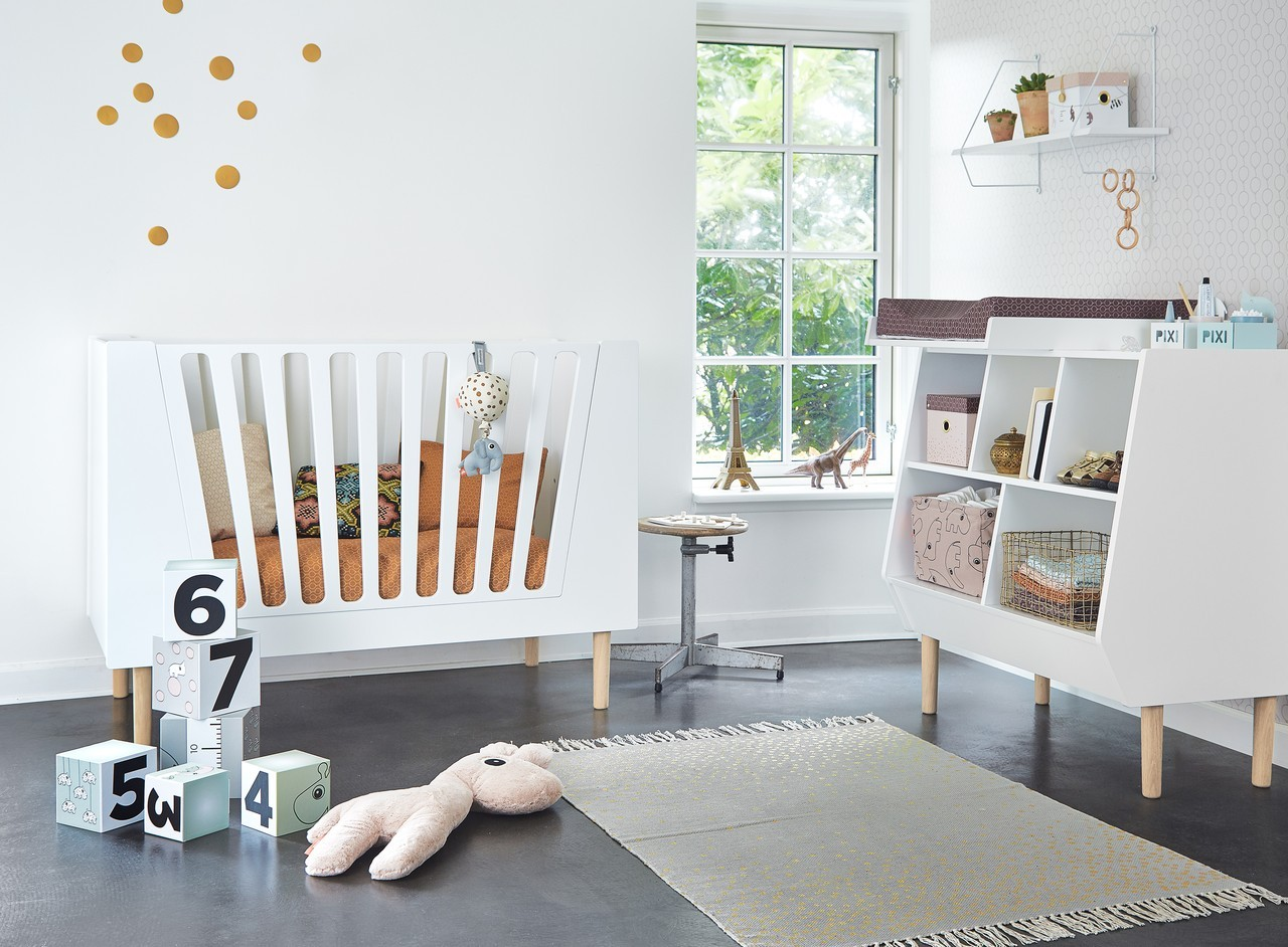 kinderzimmer teppich done by deer kleine fabriek. Black Bedroom Furniture Sets. Home Design Ideas