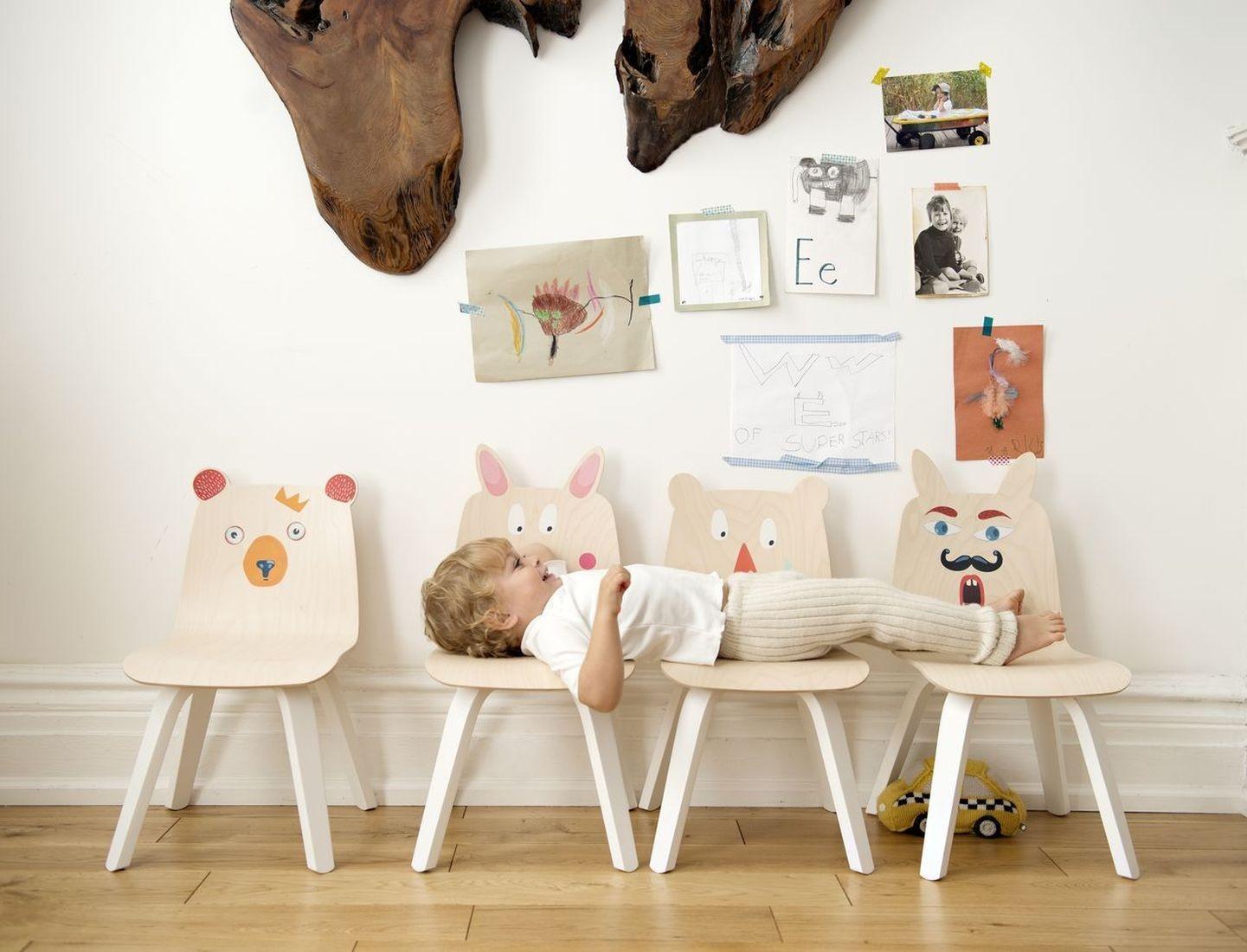 oeuf kinderstuhl b r wei walnuss kinderst hle tische kinderzimmerm bel kinderzimmer. Black Bedroom Furniture Sets. Home Design Ideas