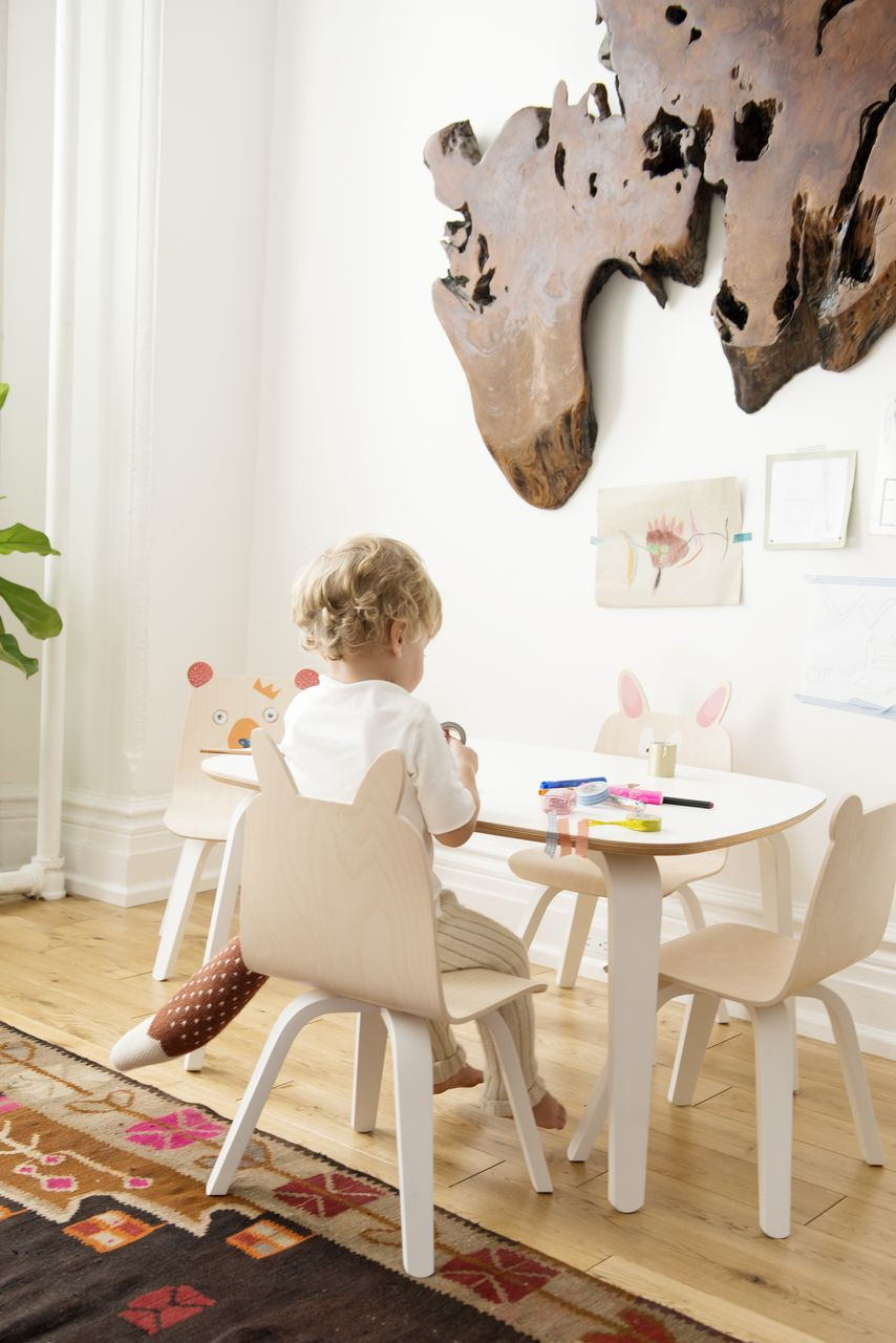 oeuf kindertisch wei kinderst hle tische kinderzimmerm bel kinderzimmer. Black Bedroom Furniture Sets. Home Design Ideas