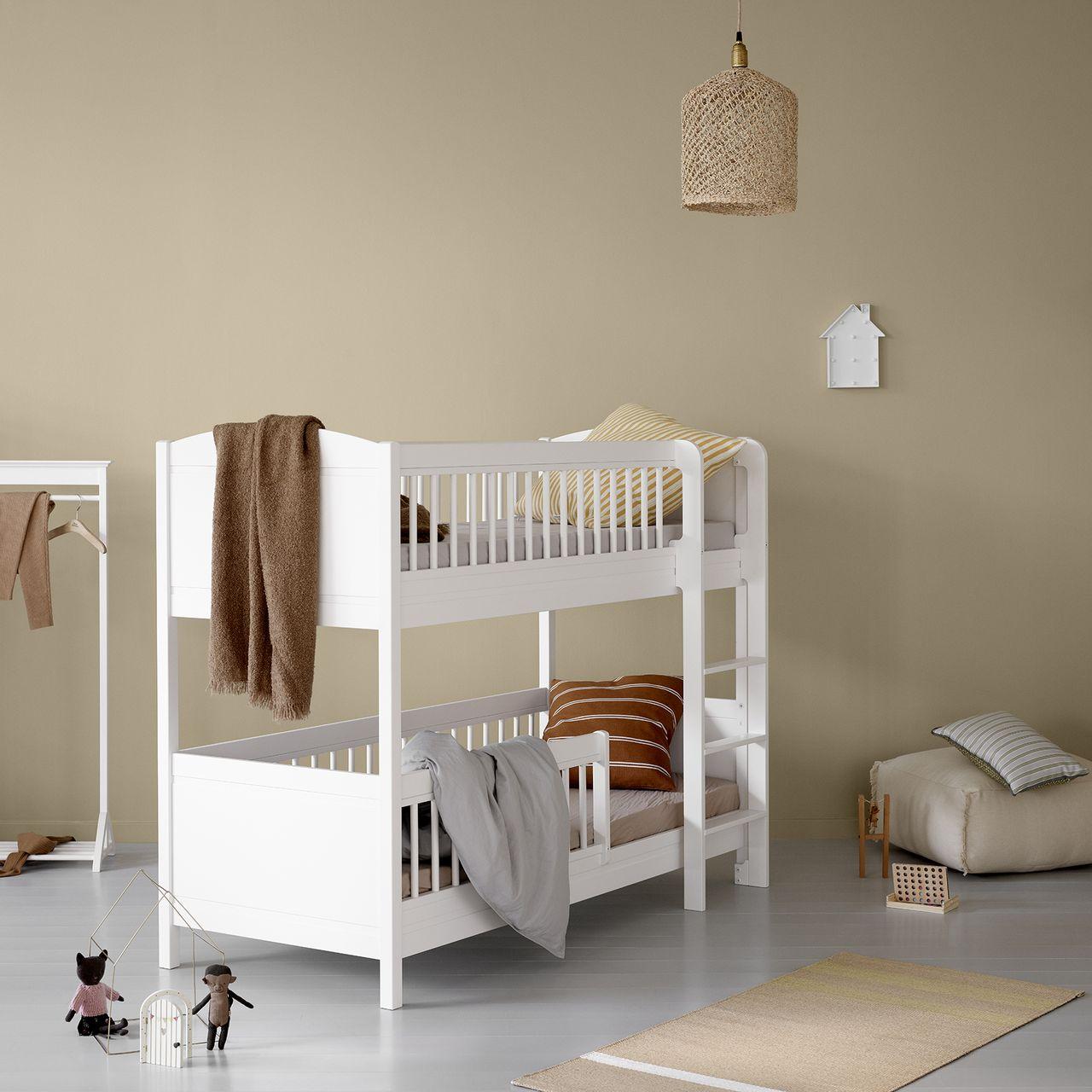 Seaside Lille+ halbhohes Etagenbett von Oliver Furniture in Berlin kaufen - Kleine Fabriek
