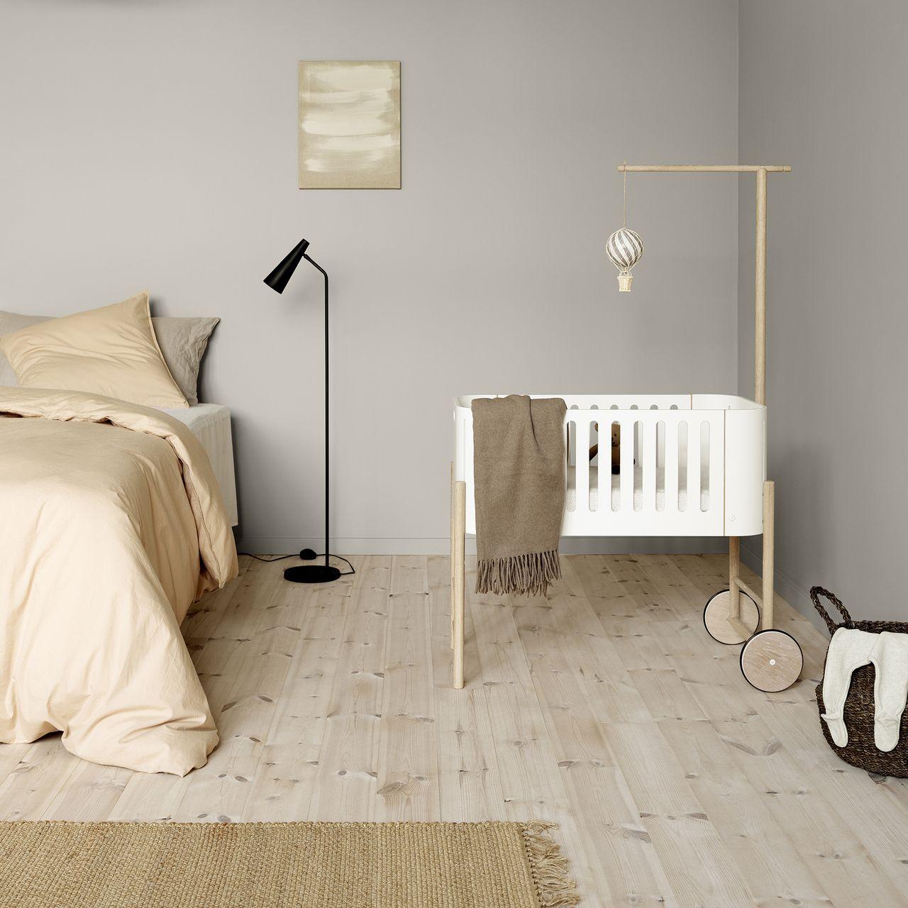 Stubenwagen Wood von Oliver Furniture in Berlin kaufen - Kleine Fabriek